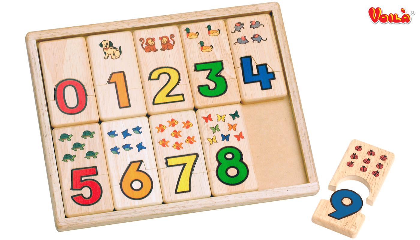 607-Voila-toy-2_0691+logo